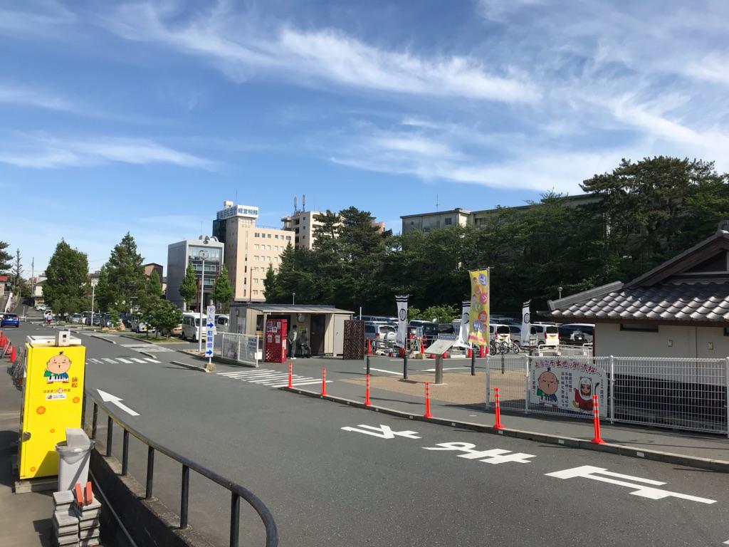 スターバックスコーヒー浜松城公園店、駐車場